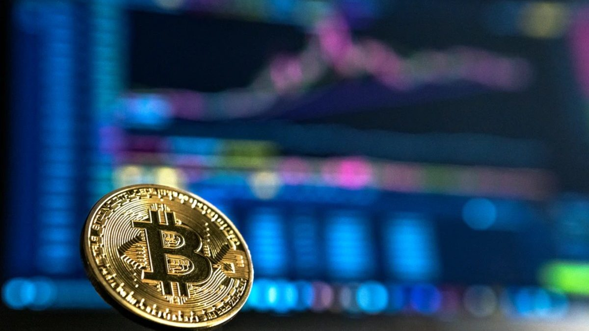 Buy Bitcoin with Cash Anonymously Online and In-Person