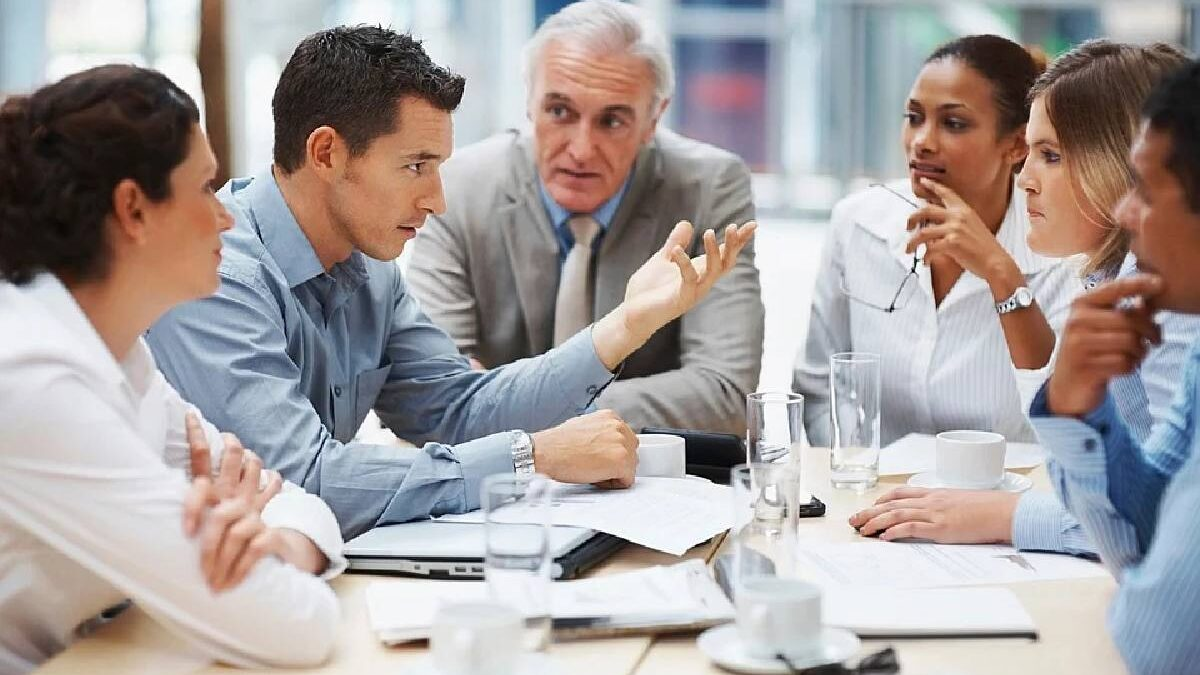9 Expert Tips to Ace an Important Business Meeting