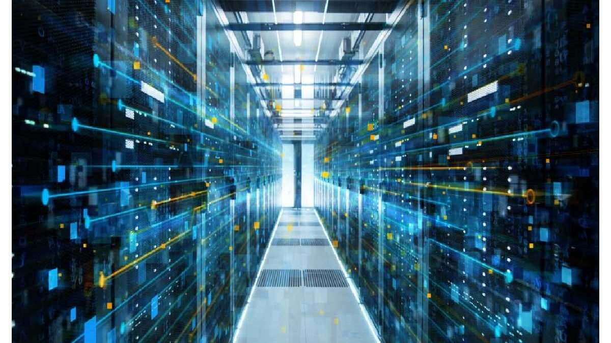 What are Hyper converged Infrastructure & its benefits?