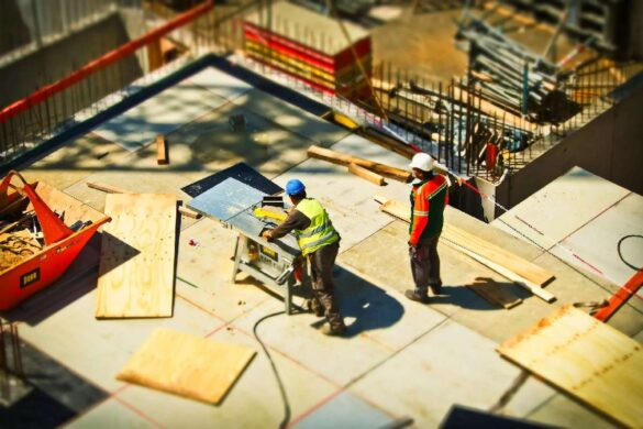 Why Do You need a Secure Time Clock App for Construction Business