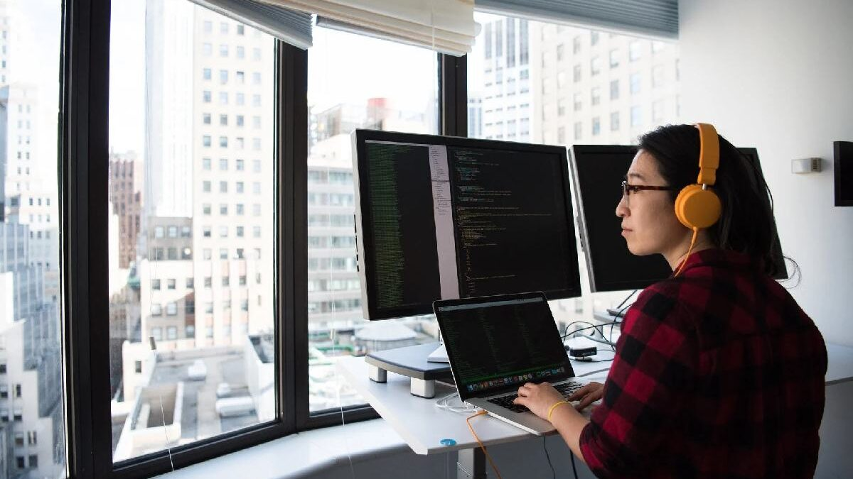 What skills you need to be an Angular developer?