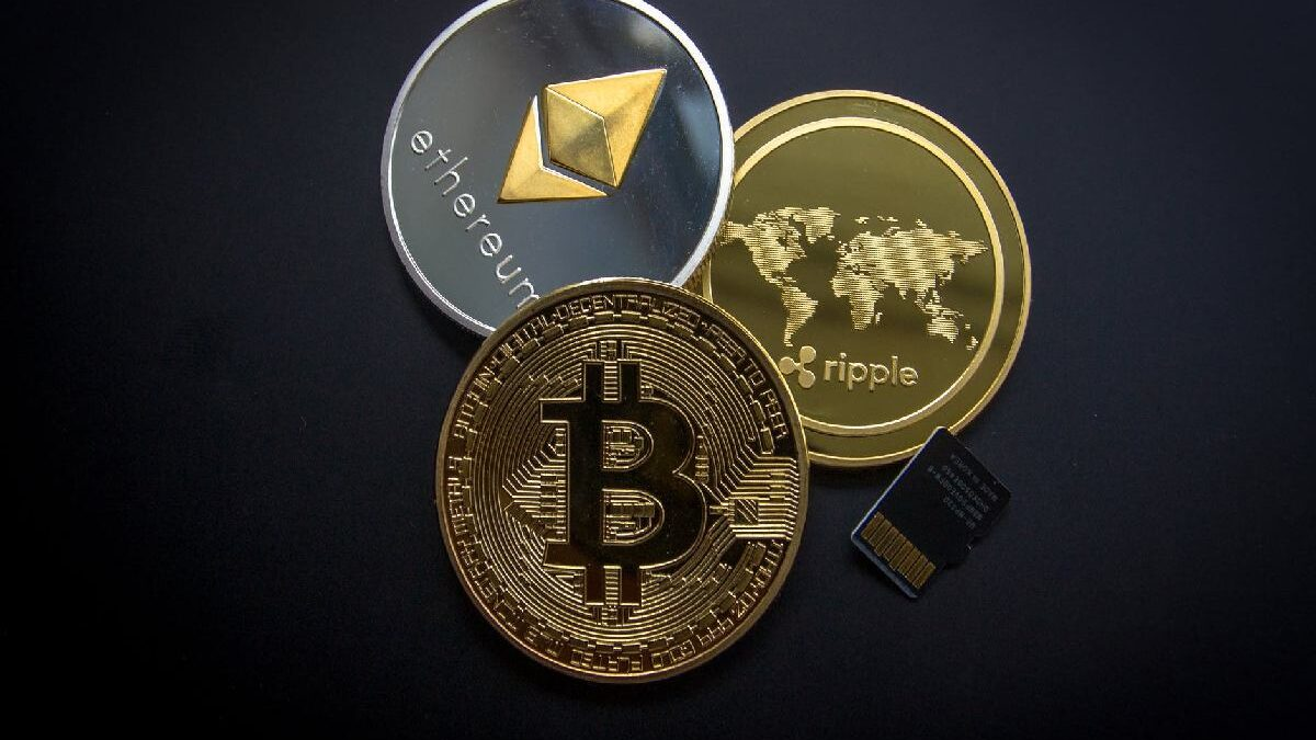 Why Cryptocurrencies Bitcoin are Banned in Some Countries